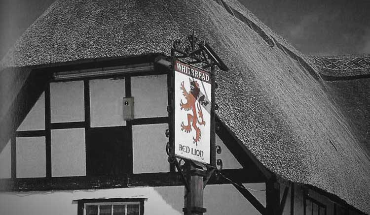The Red Lion,Avebury.